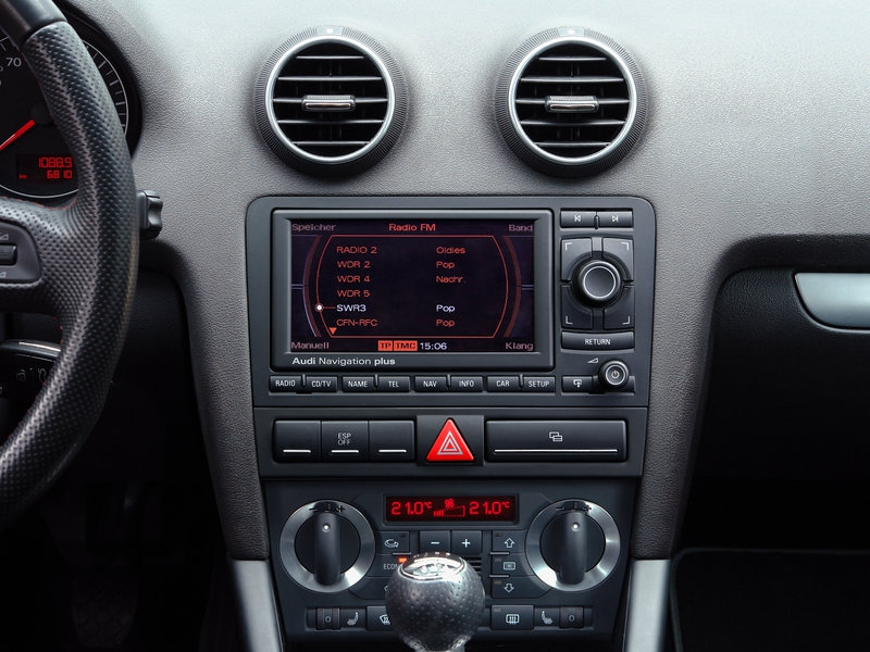 Alpine x800d u for audi a4 b7 and a3 8p for Mueble 2 din audi a3