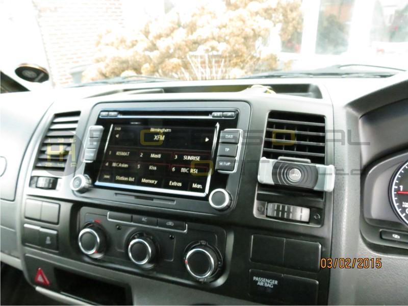 autodab digital radio retrofit in your car. Black Bedroom Furniture Sets. Home Design Ideas
