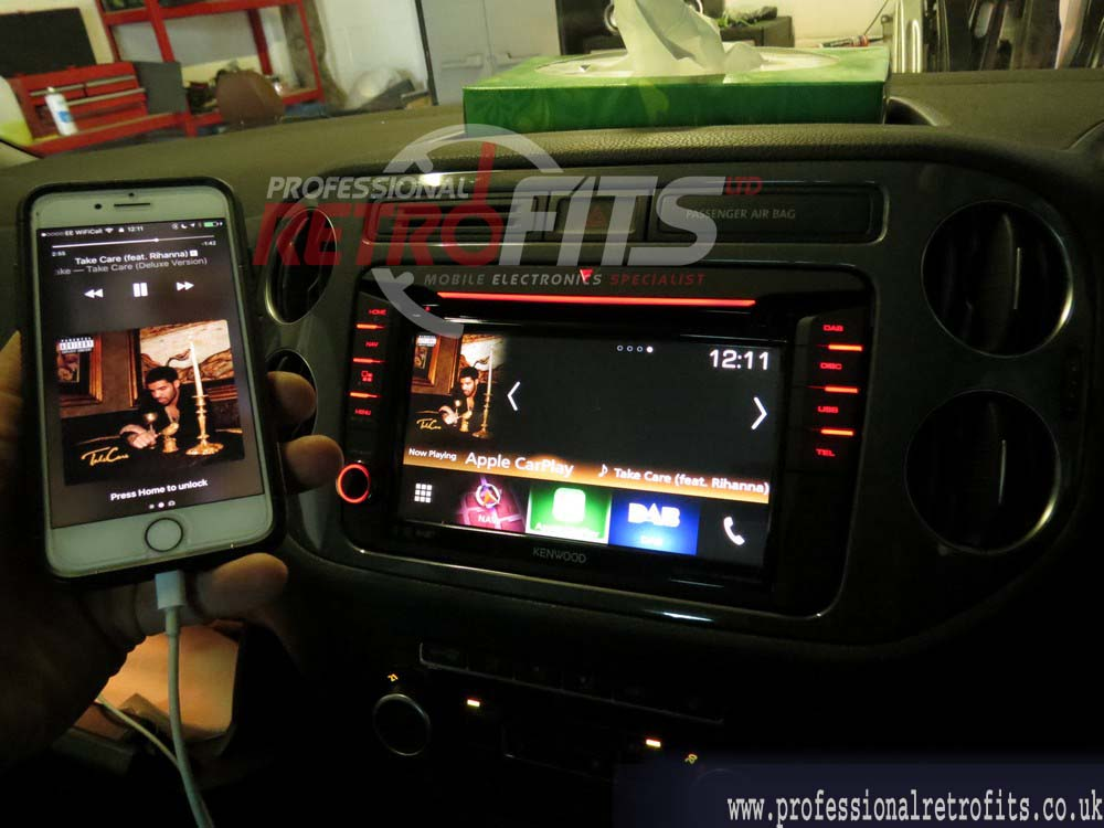 New Kenwood DNX516DABS for VW T5 1 GB