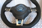 vw- flat-bottom-steering-wheel