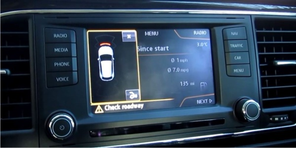 seat-leon-5f-multimedia-activating-optical-parking-sensors-retrofit_automatic_activation_cropped
