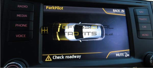 vw-golf-mk-7-seat-leon-5f-optical-parking-sensors-retrofit_cropped_display