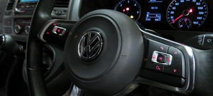 VW T5 MK7 Golf Style Flat Bottom Multi function Steering Wheels